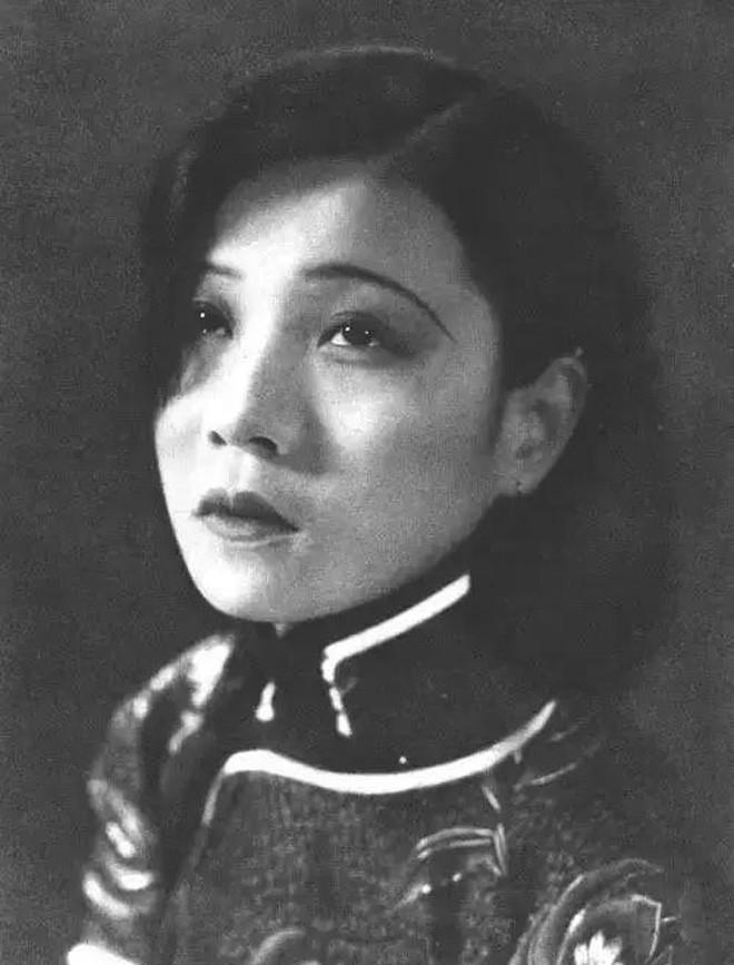 Nguyễn Linh Ngọc - Từ huyền thoại điện ảnh một thời đến cái chết bất ngờ ở tuổi 25 làm rúng động làng giải trí - Ảnh 1.