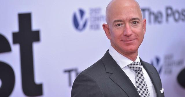 Theo người giàu nhất thế giới Jeff Bezos, chỉ cần hỏi 1 câu này để biết bạn có thông minh không  - Ảnh 3.