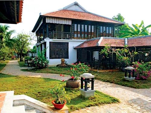 Cận cảnh căn biệt thự bè thế mới tậu của Hoa khôi Thu Hương và chồng đại gia - Ảnh 10.