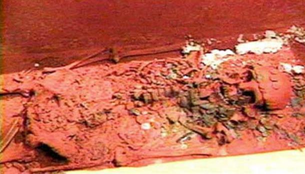 Cạm bẫy chết người trong mộ cổ, trong đó có tiết lộ về thứ bảo vệ lăng Tần Thủy Hoàng - Ảnh 8.