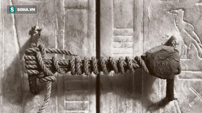Cạm bẫy chết người trong mộ cổ, trong đó có tiết lộ về thứ bảo vệ lăng Tần Thủy Hoàng - Ảnh 1.
