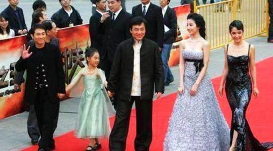 Con gái 18 tuổi của Lý Liên Kiệt: Xinh đẹp tài năng, học ở Đại học danh giá Harvard - Ảnh 2.