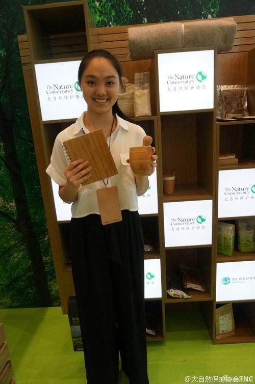 Con gái 18 tuổi của Lý Liên Kiệt: Xinh đẹp tài năng, học ở Đại học danh giá Harvard - Ảnh 5.