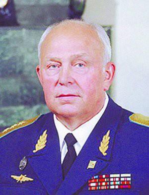 Lính Nga bị kỷ luật khi xe tăng hết đạn, dùng xích đè nát những kẻ tấn công tập kích - Ảnh 4.