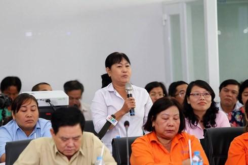 Bí thư TP HCM gợi ý chuyển nữ công nhân 40 tuổi thành người giúp việc - Ảnh 3.