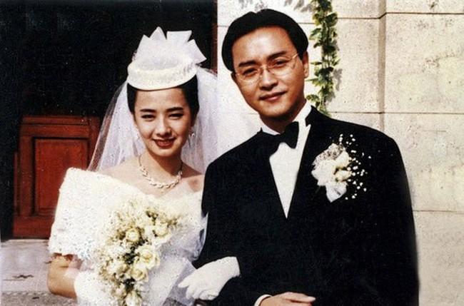 Mao Thuấn Quân: Hai lần từ chối lời cầu hôn của Trương Quốc Vinh và 3 cuộc hôn nhân đẫm nước mắt  - Ảnh 5.