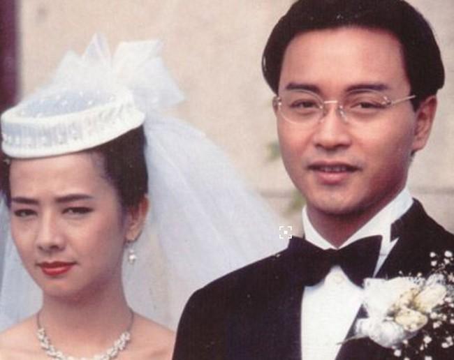 Mao Thuấn Quân: Hai lần từ chối lời cầu hôn của Trương Quốc Vinh và 3 cuộc hôn nhân đẫm nước mắt  - Ảnh 6.
