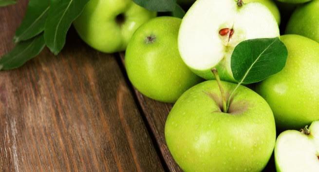 Lý do nên ăn táo xanh thường xuyên - Ảnh 1.