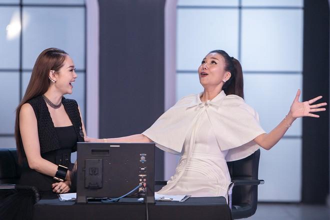 Minh Hằng cười lớn, chế giễu cách tạo dáng của thí sinh đội Võ Hoàng Yến - Ảnh 1.