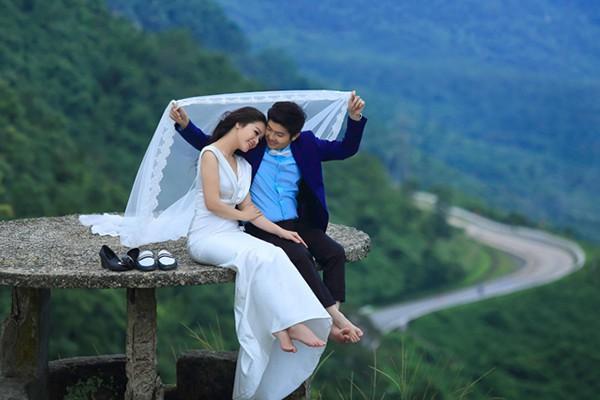 Đám cưới Nhật Kim Anh: Cô dâu ngất xỉu, liên tục mất điện trong thời khắc quan trọng - ảnh 1