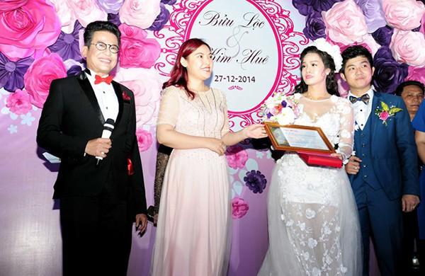 Đám cưới Nhật Kim Anh: Cô dâu ngất xỉu, liên tục mất điện trong thời khắc quan trọng - ảnh 2