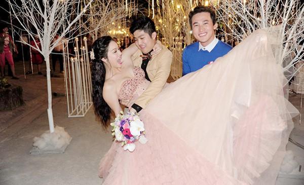 Đám cưới Nhật Kim Anh: Cô dâu ngất xỉu, liên tục mất điện trong thời khắc quan trọng - ảnh 3