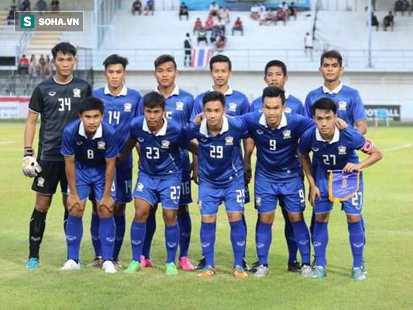 Thái Lan tung miếng võ tuyệt luân, lách vào tứ kết giải châu Á sau trận cầu nghẹt thở - Ảnh 2.