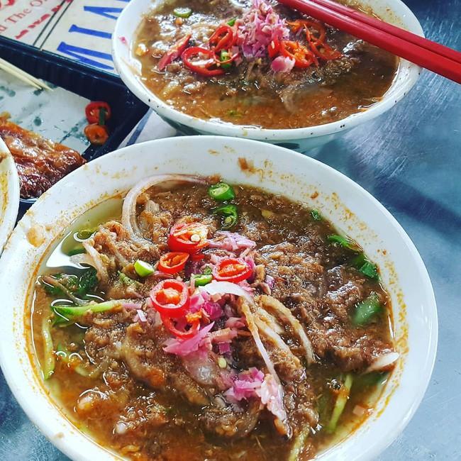 Asam Laksa - món ăn cực bình dân của Malaysia nhưng được xếp vị trí cao chót vót trong bảng ẩm thực thế giới - Ảnh 1.