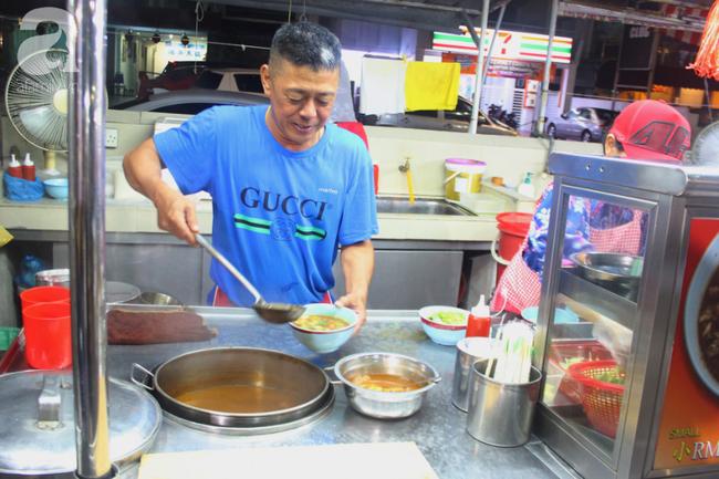 Asam Laksa - món ăn cực bình dân của Malaysia nhưng được xếp vị trí cao chót vót trong bảng ẩm thực thế giới - Ảnh 2.