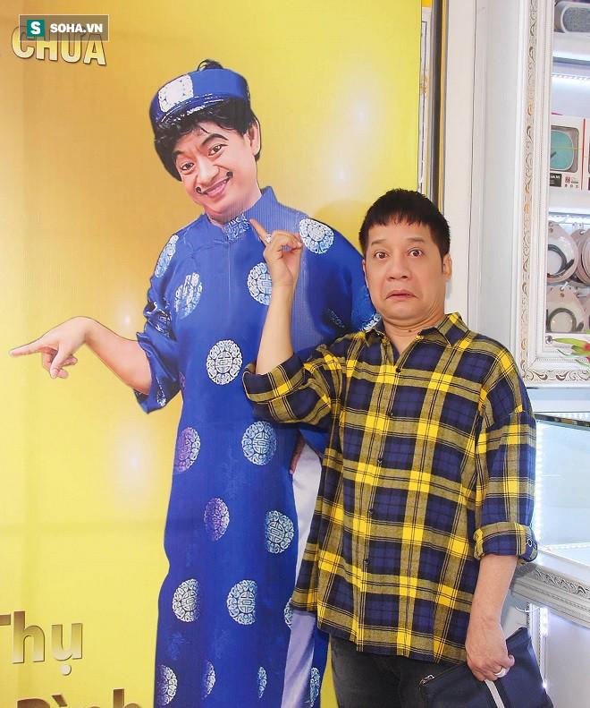 Học trò đại gia của danh hài Minh Nhí: Nhiều người đề nghị tôi bỏ tiền mua vai - Ảnh 2.
