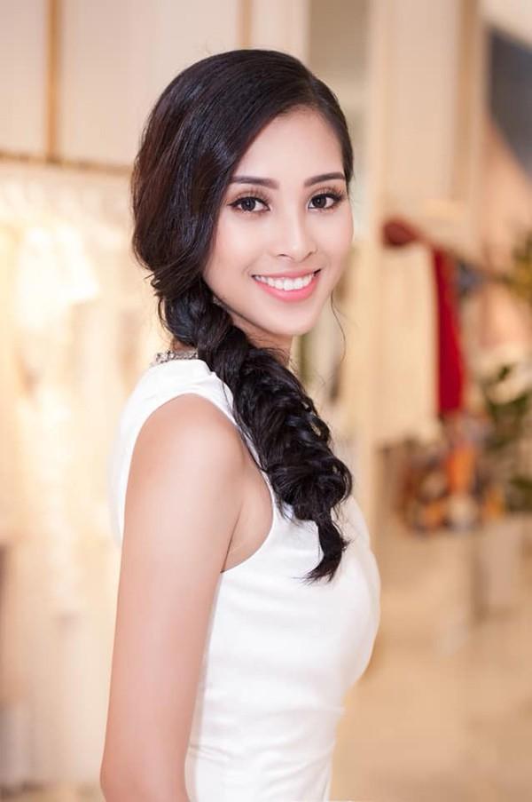Hoa hậu Trần Tiểu Vy thay đổi chóng mặt sau 2 tuần đăng quang - Ảnh 3.
