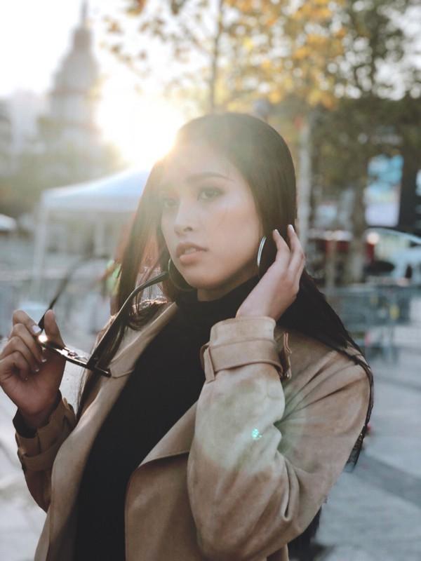 Hoa hậu Trần Tiểu Vy thay đổi chóng mặt sau 2 tuần đăng quang - Ảnh 8.