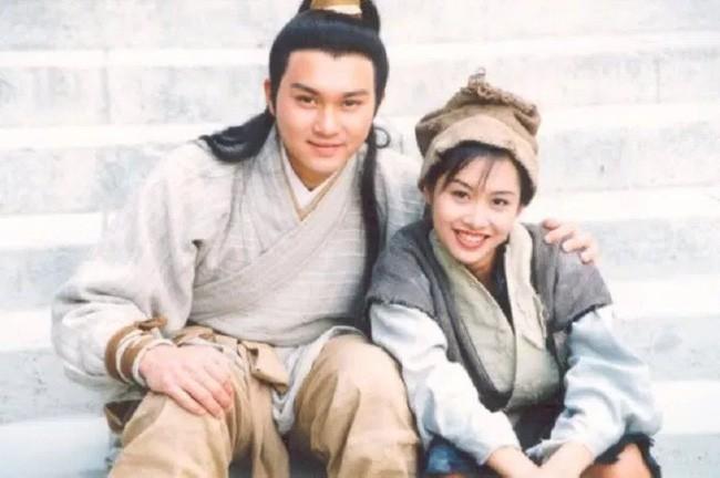 """Tiên đồng ngọc nữ trong truyện Kim Dung: Đẹp đôi đến độ ai cũng mong """"phim giả tình thật"""", có cặp nên duyên vợ chồng - ảnh 7"""