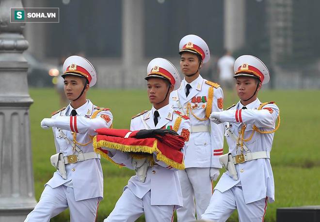 Lễ thượng cờ rủ Quốc tang cố Tổng Bí thư Đỗ Mười - Ảnh 4.