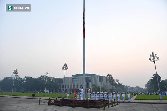 Lễ thượng cờ rủ Quốc tang cố Tổng Bí thư Đỗ Mười - Ảnh 12.