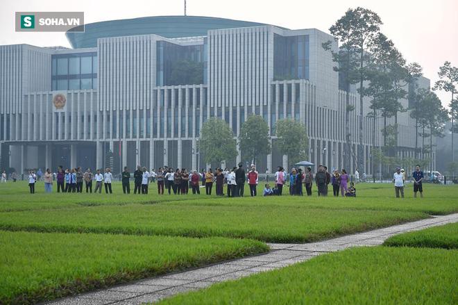Lễ thượng cờ rủ Quốc tang cố Tổng Bí thư Đỗ Mười - Ảnh 2.