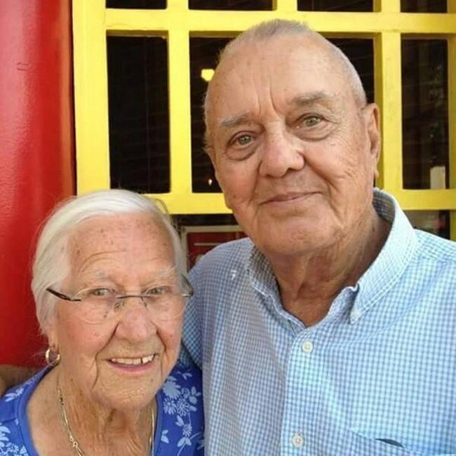 Cặp vợ chồng chung sống hạnh phúc với nhau 75 năm, thời điểm họ nhắm mắt xuôi tay càng chứng minh định mệnh là có thật - Ảnh 11.