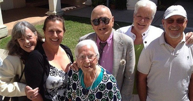 Cặp vợ chồng chung sống hạnh phúc với nhau 75 năm, thời điểm họ nhắm mắt xuôi tay càng chứng minh định mệnh là có thật - Ảnh 6.
