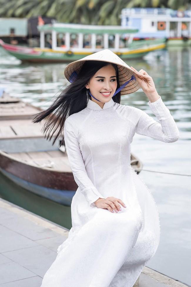 5 Hoa hậu Việt Nam đăng quang năm 18 tuổi: Người số đỏ như Tiểu Vy, kẻ xui xẻo như Kỳ Duyên - Ảnh 12.