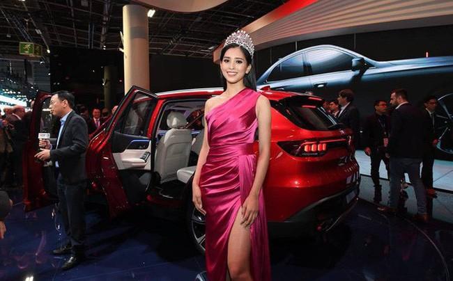 5 Hoa hậu Việt Nam đăng quang năm 18 tuổi: Người số đỏ như Tiểu Vy, kẻ xui xẻo như Kỳ Duyên - Ảnh 14.
