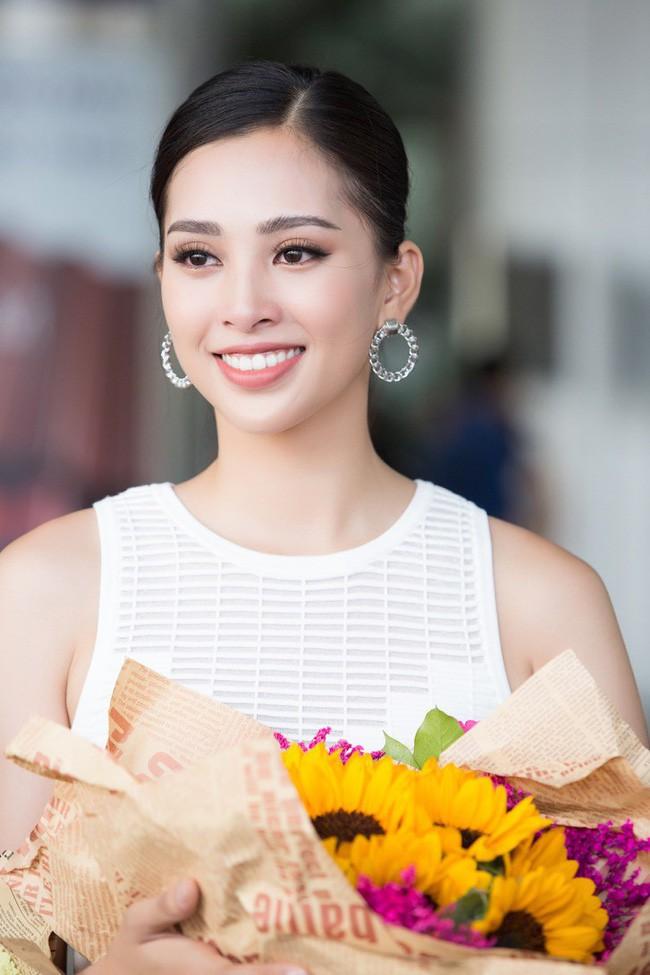 5 Hoa hậu Việt Nam đăng quang năm 18 tuổi: Người số đỏ như Tiểu Vy, kẻ xui xẻo như Kỳ Duyên - Ảnh 15.