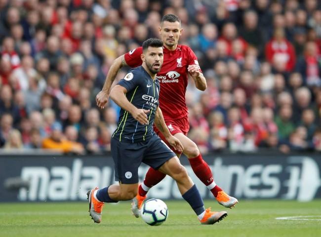 Không thể đánh bại Liverpool trên sân Anfield, Pep Guardiola nói lời xin lỗi Jesus - Ảnh 3.
