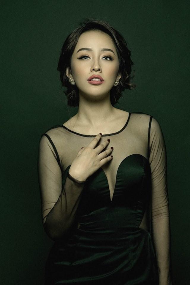 5 Hoa hậu Việt Nam đăng quang năm 18 tuổi: Người số đỏ như Tiểu Vy, kẻ xui xẻo như Kỳ Duyên - Ảnh 4.