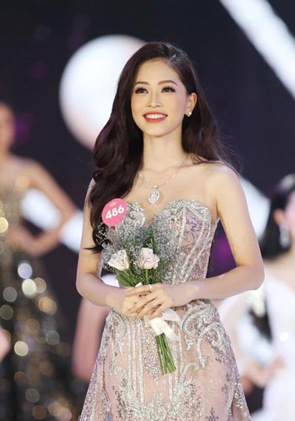 Gia cảnh ít biết của Hoa hậu Tiểu Vy và 2 Á hậu tài sắc vừa đăng quang - Ảnh 5.