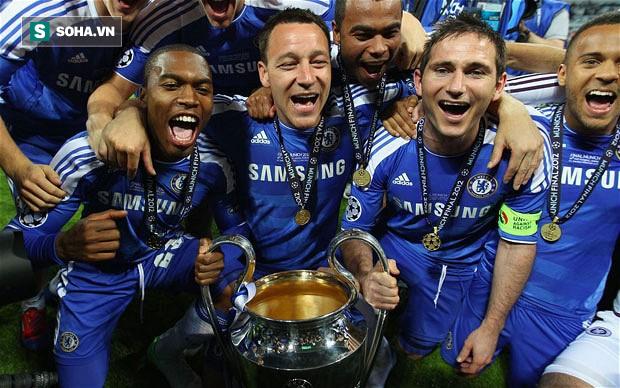 Huyền thoại Chelsea John Terry chính thức giải nghệ ở tuổi 37 - Ảnh 1.
