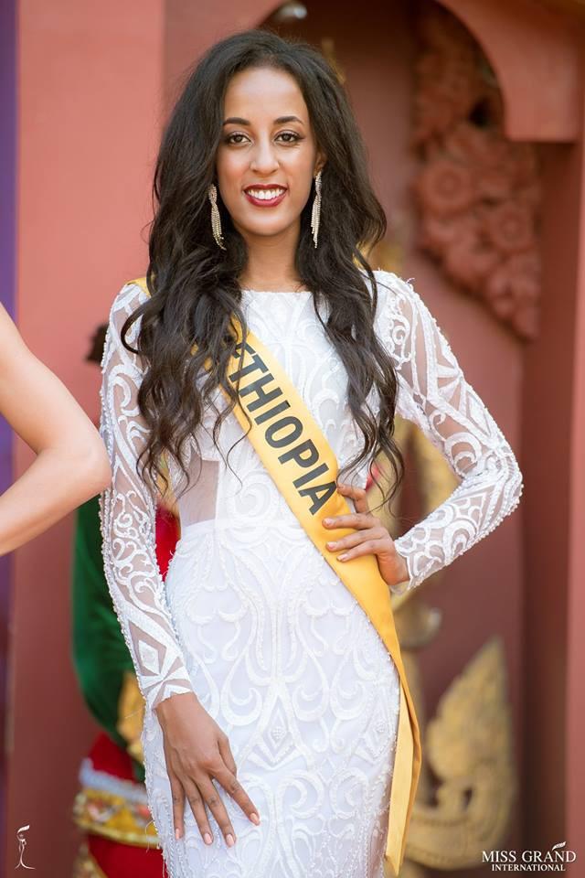 Nhan sắc xấu khó tin của các đối thủ Á hậu Việt Nam tại Hoa hậu Hòa bình Thế giới 2018 - Ảnh 10.