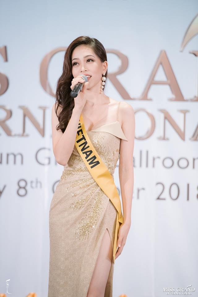 Nhan sắc xấu khó tin của các đối thủ Á hậu Việt Nam tại Hoa hậu Hòa bình Thế giới 2018 - Ảnh 17.