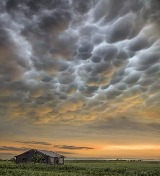 Những đám mây kỳ quặc có thể bạn không tin vào mắt mình (P2) - Ảnh 1.