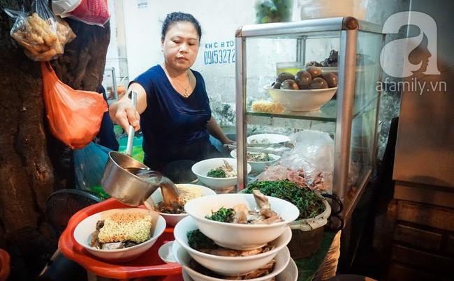 Vào phố đi bộ chơi ngày cuối tuần chuyển lạnh, đây là 6 quán ăn tối bình dân nhưng cực ngon nên thử - ảnh 3