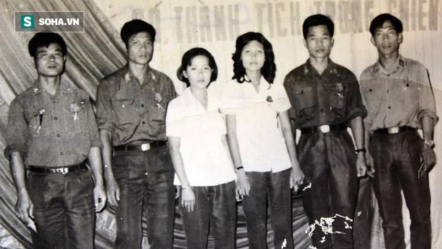 Cướp máy bay chấn động ở Đà Nẵng: Không tặc cầm lựu đạn, dí súng, bắn liên tiếp vào tiếp viên - ảnh 1