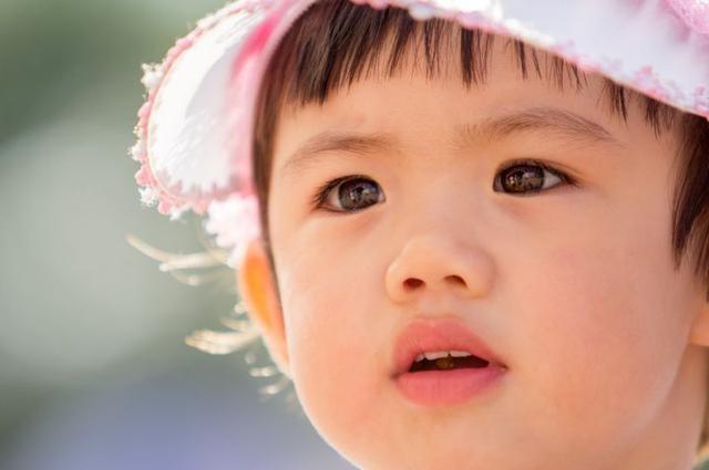 Trẻ em sở hữu những đặc điểm này vô cùng thông minh, lanh lợi, ngay từ nhỏ đã tỏ ra tài giỏi xuất chúng, lớn lên giàu có thành công - Ảnh 2.
