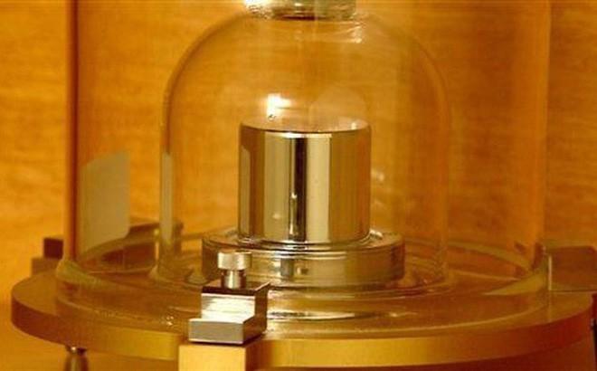 Khái niệm kilogram cũ sẽ bị phế bỏ vĩnh viễn - Tại sao khoa học lại làm vậy? - Ảnh 1.