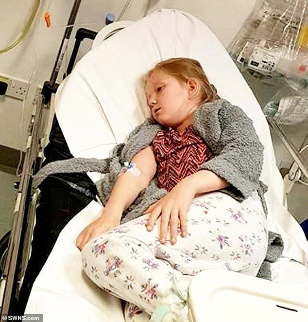 Bi kịch tuổi lên 10: Bé gái uống thuốc tự tử trong dịp sinh nhật vì nguyên nhân bố mẹ nào nghe thấy cũng phẫn nộ và đau lòng - Ảnh 1.