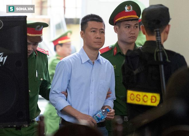 Phan Sào Nam lần đầu bị xét hỏi, chỉ nói 60 giây - ảnh 1