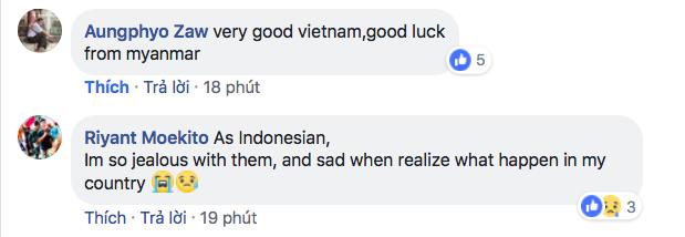 Bạn bè quốc tế choáng ngợp trước cảnh hát quốc ca Việt Nam hoành tráng trên sân Mỹ Đình - Ảnh 1.