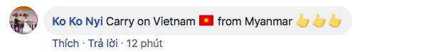 Bạn bè quốc tế choáng ngợp trước cảnh hát quốc ca Việt Nam hoành tráng trên sân Mỹ Đình - Ảnh 2.