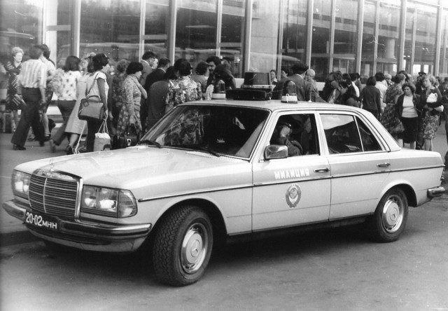 Tại sao cảnh sát Liên Xô được cấp xe Porsche, Mercedes, BMW để làm nhiệm vụ? - Ảnh 6.
