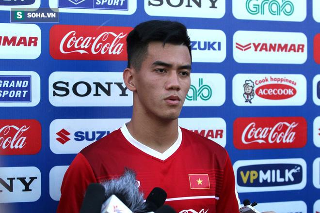 HLV Park Hang-seo lần đầu trao nhiệm vụ cho Vua phá lưới nội V.League 2018 - Ảnh 1.