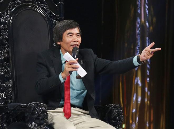 Tiến sĩ Lê Thẩm Dương: Các chị trong showbiz lấy chồng không phải bằng não mà là cảm xúc! - Ảnh 4.