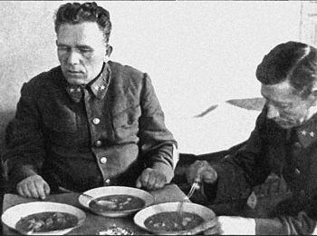 Bí mật những căn hầm xử bắn ở Liên Xô: Nơi hàng loạt tướng lĩnh gục ngã vì đạn quân mình - Ảnh 2.
